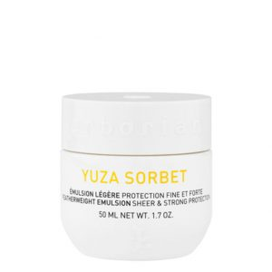 Erborian yuza sorbet featherweight emulsion sheer and strong protection thanks to its herbs from Korea recognized for their benefits on the skin, yuza sorbet acts as a second skin. 50ml