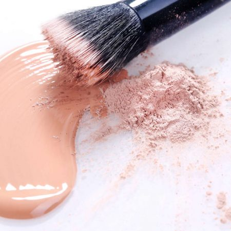 Foundation: Liquid or Powder? Know which to choose!