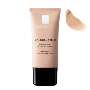 La Roche Posay Toleriane Teint Mattifying Mousse Foundation is a makeup foundation developed in a mousse texture with a finish very similar to a powder with mattifying action. Ideal to combination or oily skins. 30ml